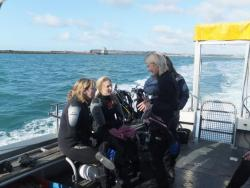 Emma and Grace's Open Water course - in FEBRUARY!!